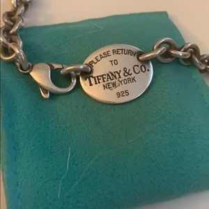 Return to Tiffanys necklace *Authentic*